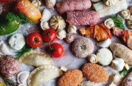 Замороженные овощи, ягоды и смеси